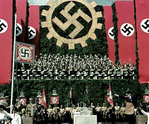 nazismo and nazistas image