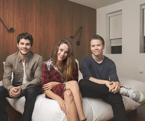 KAYA SCODELARIO, dylan o'brien, and will poulter image