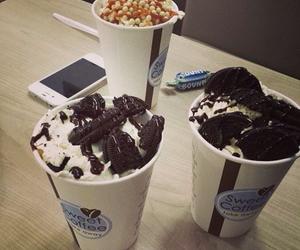 dessert, ice cream, and oreo image