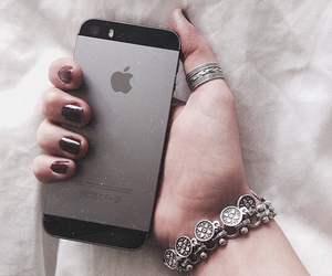 black, iphone, and chic image