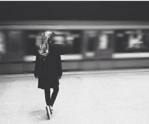 girl, life, and metro image
