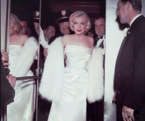 Marilyn Monroe, sexy, and perfection image
