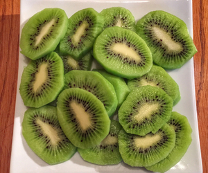 fruit, kiwi, and green image