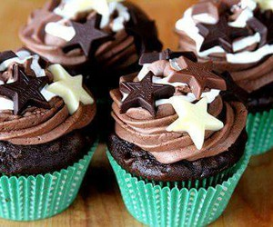 cupcake, chocolate, and sweet image