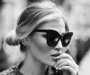 black and white, fash, and sunglasses image