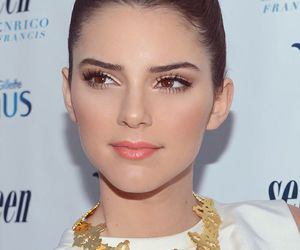 kendall jenner, makeup, and jenner image