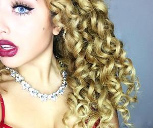 curls and jadahdoll image