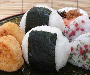 food, japan, and onigiri image