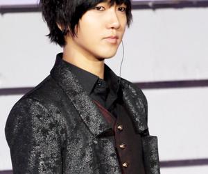 black hair, handsome, and kfashion image