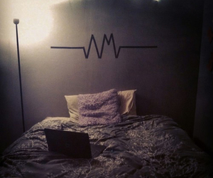 room, am, and arctic monkeys image