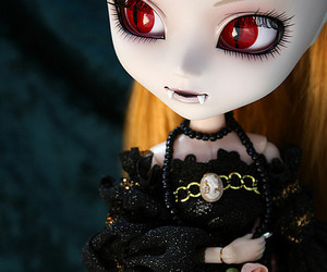 2010, doll, and dolls image