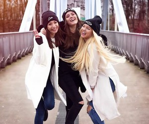 muze, paola maria, and shirin david image