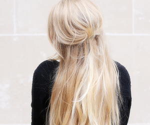 blond, hairstyle, and it girl image