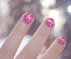 cute, bow, and nails image