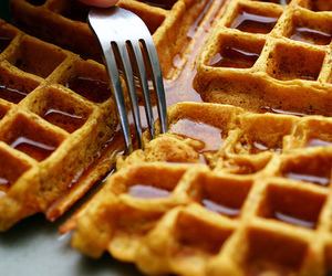 waffles and foodporn image