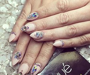 nails, nail design, and nail jewels image