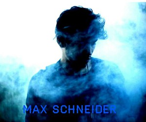 max schneider and schneider monkey image