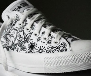 fashion, shoes, and doodle image