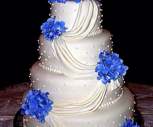 Cake Blue And Flowers Image