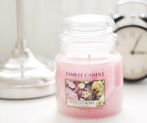 candle, roses, and yankee image