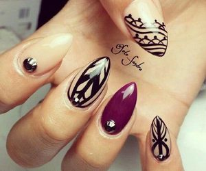 nails and skateboard image