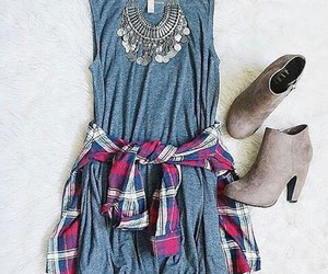 beautiful, clothes, and jewelry image