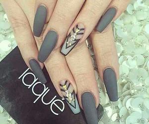 nails, grey, and beauty image