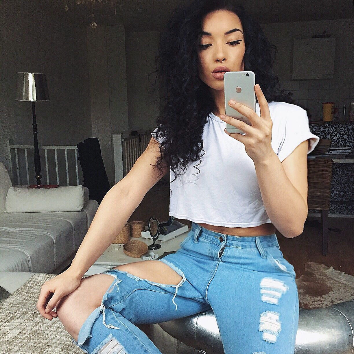 Girls Beautiful with curls tumblr exclusive photo