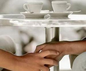 coffee, holding, and lovers image