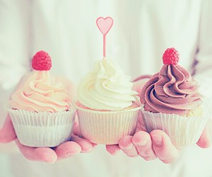 cupcake, dessert, and delicious image