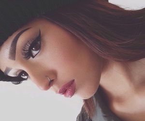 beanie, eyebrows, and flawless image