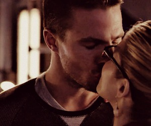 arrow, kiss, and 3x11 image