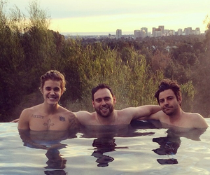 justin bieber, scooter braun, and ryan good image