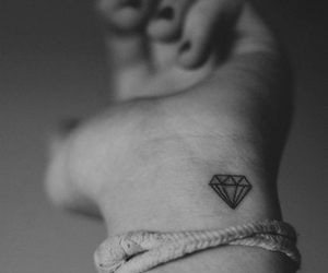 beautiful tattoo, diamond, and little tattoo image