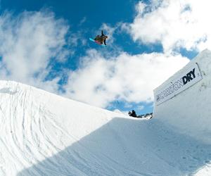 snowboarding and torstein horgmo image