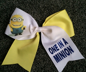 bow and minions image