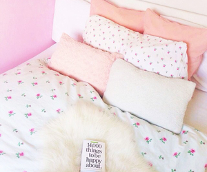 girly, pink, and bed image