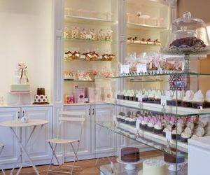 bakery, shop, and cupcakes image