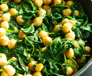 recipe, skillet, and chickpeas image