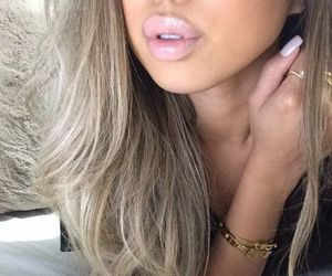 blonde, gorgeous, and lipgloss image