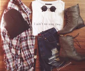 fashion, shorts, and beanie image