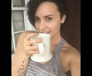 demi, instagram, and nomakeup image
