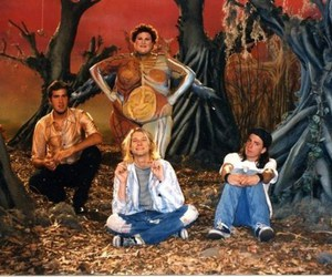 nirvana, heart shaped box, and dave grohl image