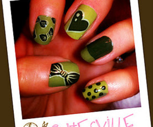 acrylic paint, bows, and green image