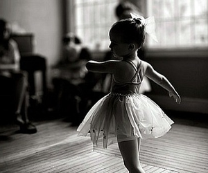 dance, little girl, and danseuse image