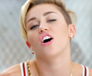 23 and miley cyrus image
