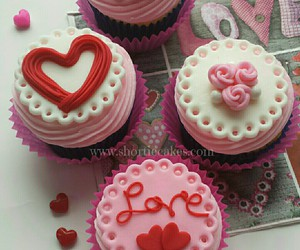 cake, Valentine's Day, and cupcakes image