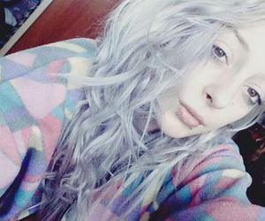 alt girl, white hair, and dyed hair image
