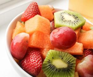FRUiTS, kiwi, and healthy image