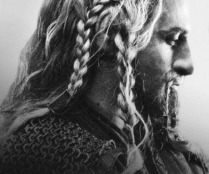 black and white, the hobbit, and fili image